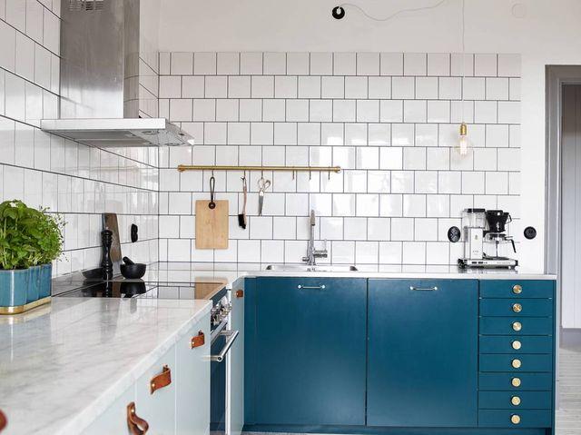 teal-kitchen