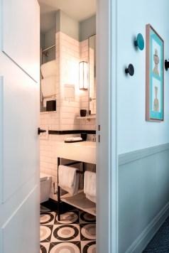 boutique hotel paris, adele et jules, italianbark interior design blog, hotel bedroom , azure bathroom, guimard tiles style