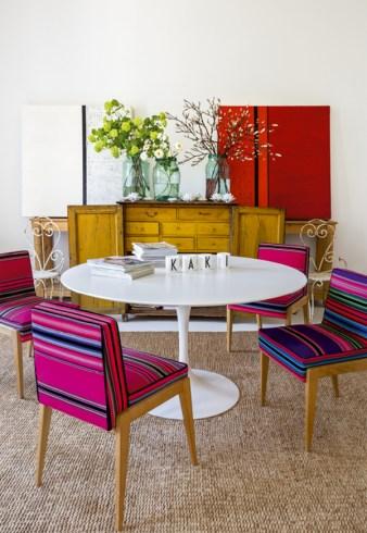 colourful bohemien home, madrid interior, boho apartment, fucsia home decor, italianbark interior design blog, kilim chairs