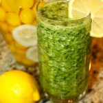 Pineapple, Spinach and Ginger Green De-Tox Smoothie