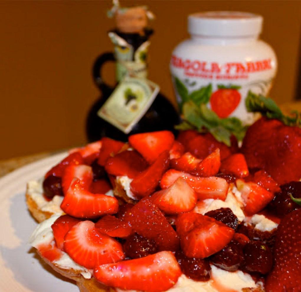 Strawberry Mascarpone Crostini