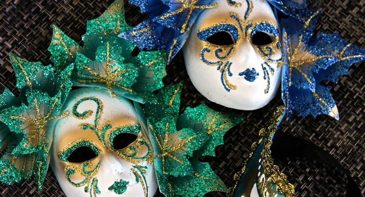 mardis gras and Venice carnevale masks