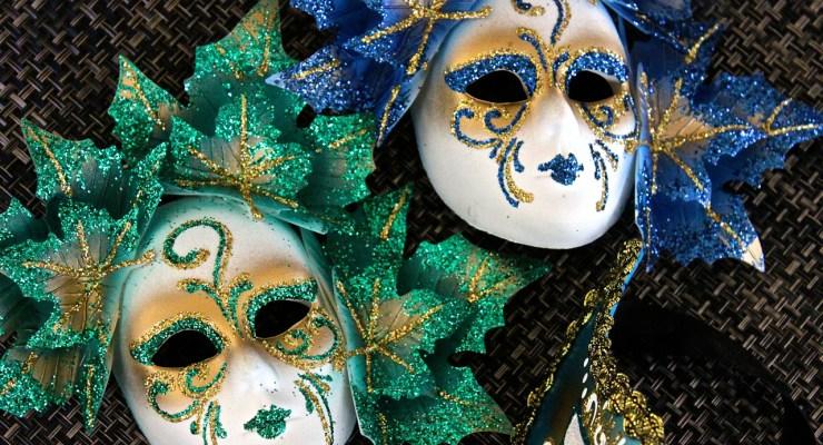 mardis gras and Venice carnevale masks