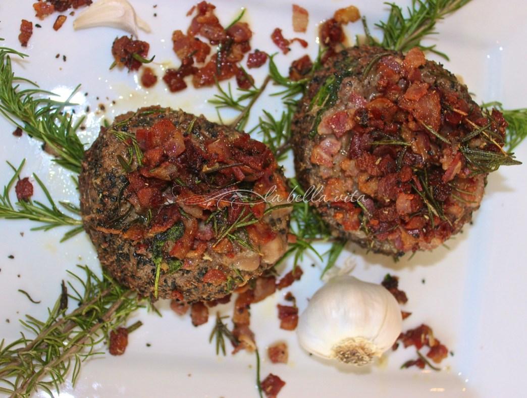 Italian Braciole Beef Roll Ups