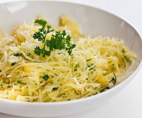 baked-spaghetti-squash-garlic-butter-4600