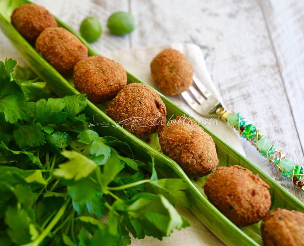 Italian Fried Stuffed Olives Olive all' Ascolana