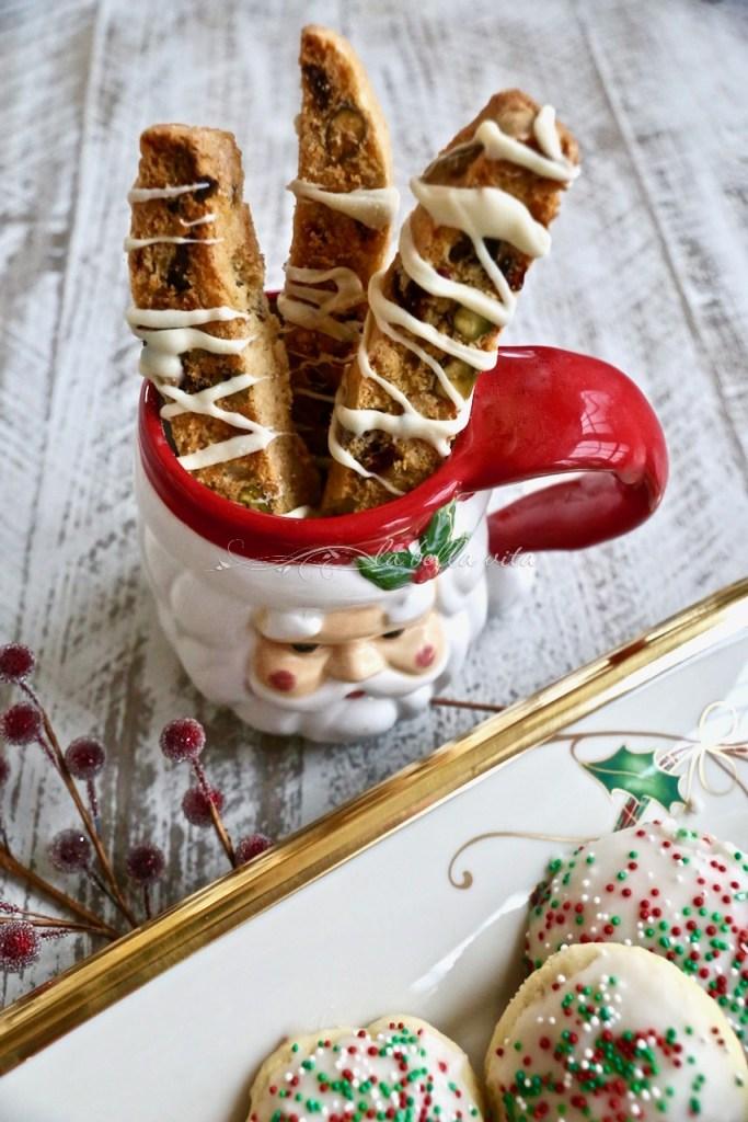 White Chocolate Cranberry and Pistachio Biscotti