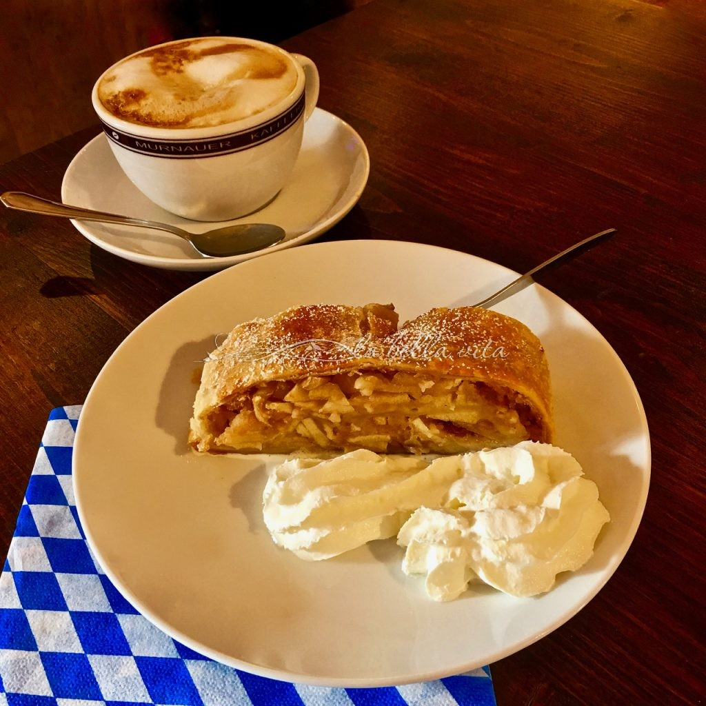 Apple Strudel -- A German and Austrian Classic Recipe