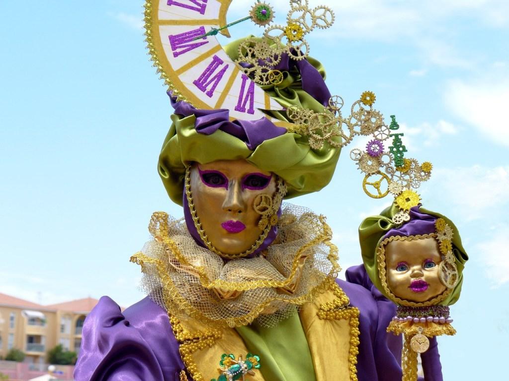 venetian costumes masks