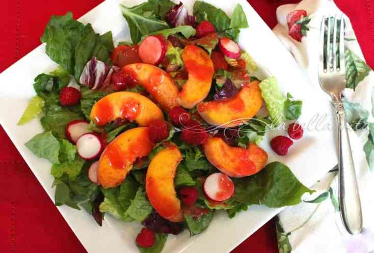 Fresh Peach Salad with Raspberry Vinaigrette