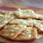 Una focaccia al formaggio che non riuscirete a smettere di mangiare