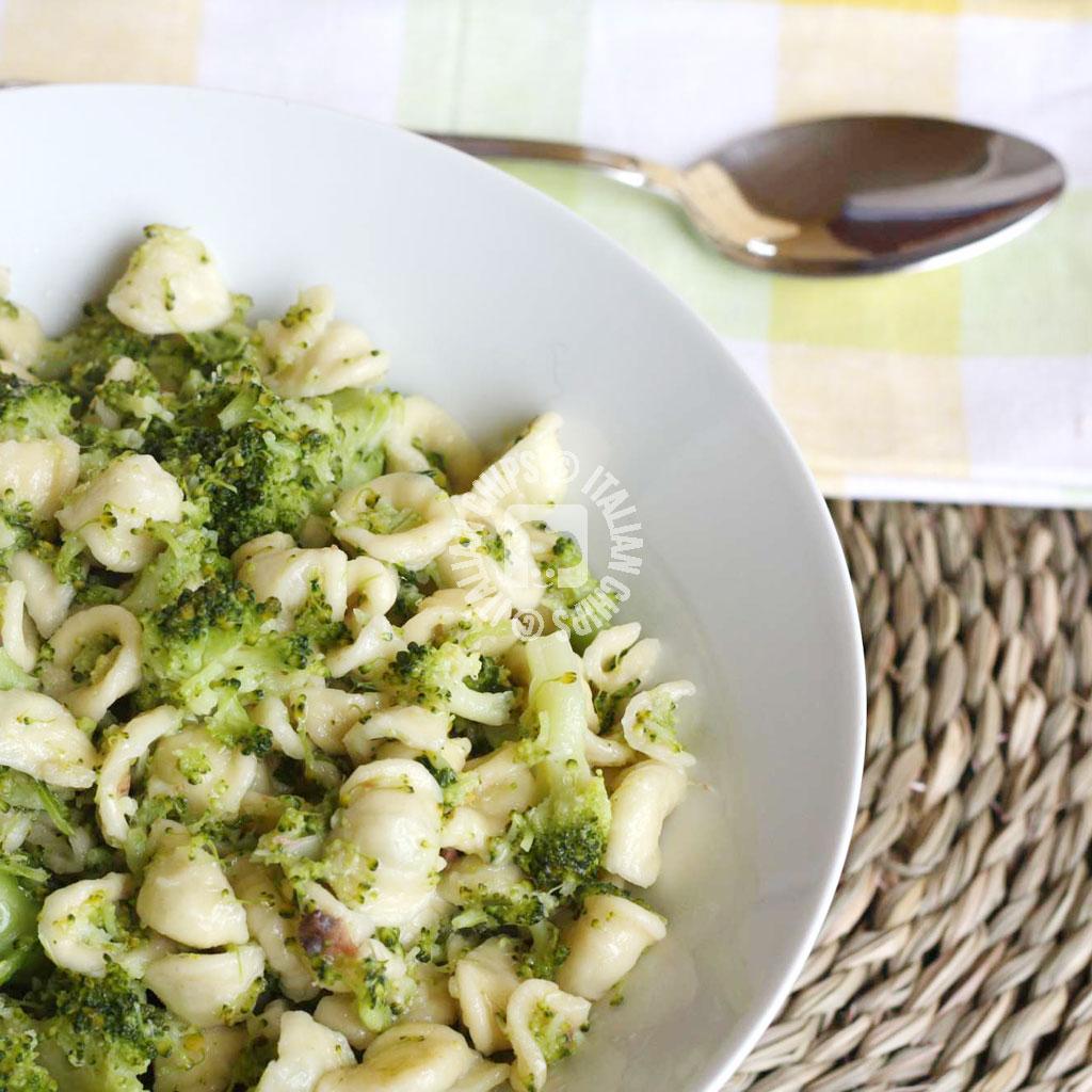 broccoli and pasta
