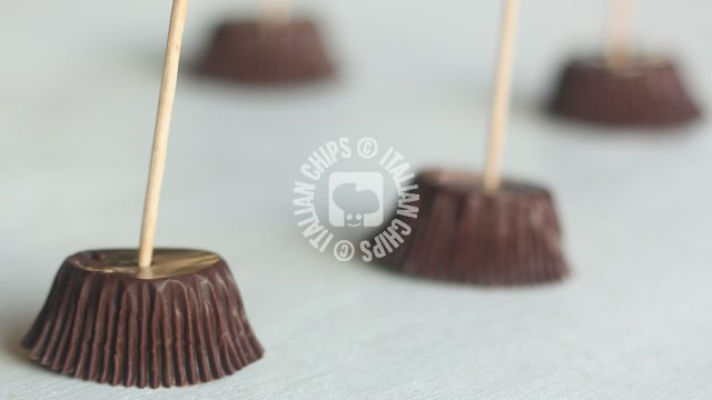chocolate-witch-brooms-3