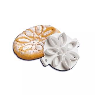 Bread mould shaped like a daisy