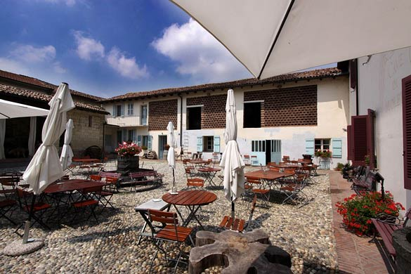 farmhouse-restaurant-wedding-Italy