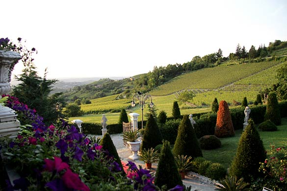 vineyards-wedding-in-Piedmont-Italy