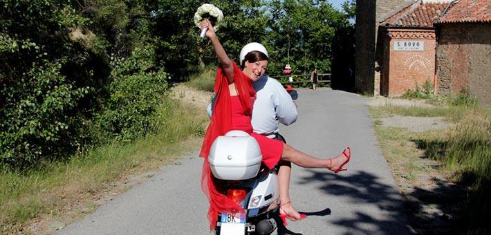 red-themed-wedding-in-Piemonte
