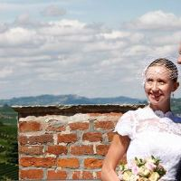 Barolo Castle and a Romantic Civil Ceremony above the vineyards