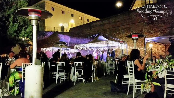 20_outdoor-wedding-reception-piemonte-castle
