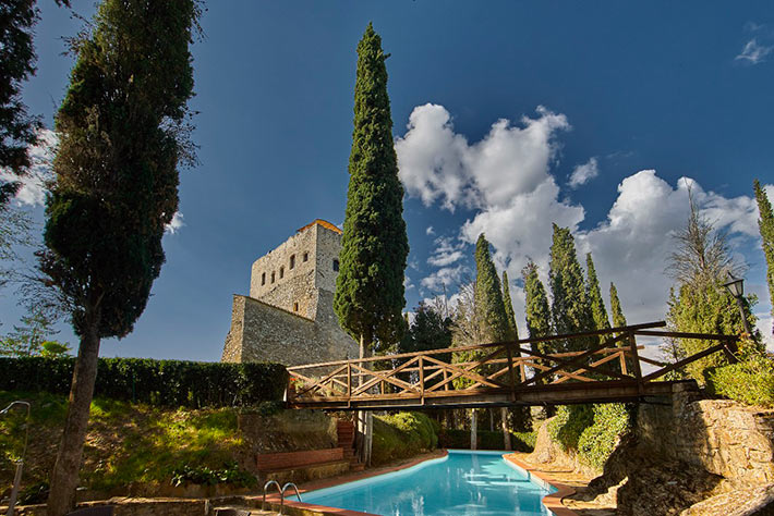 tornano_castle_country_wedding_venues_tuscany