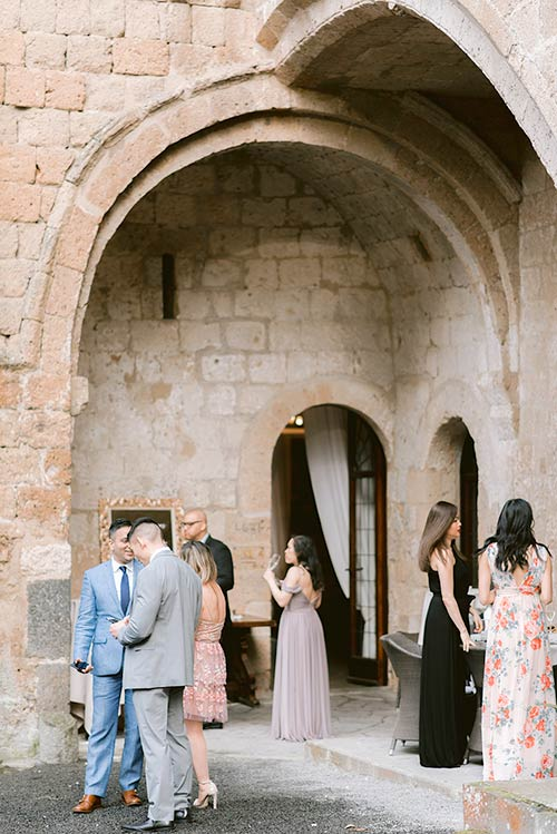stunning wedding at La Badia in Orvieto
