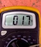 Multimetro digitale con sonda termometrica