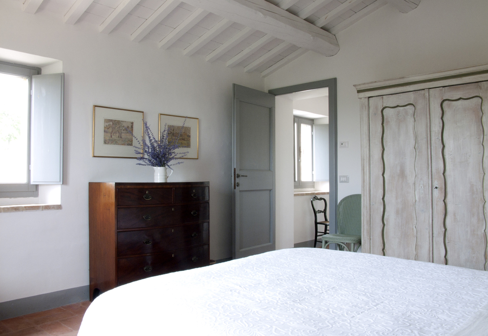 Casa San Nicola Holiday House Le Marche Italy Bedroom