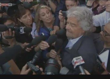 Grillo dopo la vittoria. Fermo immagine su video SkyTg24. http://tg24.sky.it/tg24/politica/2016/06/21/comunali-ballottaggi-pd-m5s-renzi-grillo.html