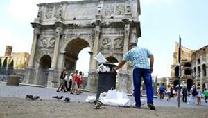 Roma - Arco di Costantino - Fori Imperiali - @LaStampa.it - www-lastampa-it - 350X200