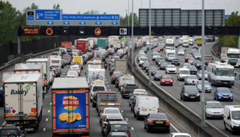 Londra, stop a benzina e diesel dal 2040