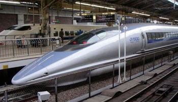 Giappone, i treni perdono il mito della puntualità