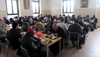 Coldiretti, 2,7 milioni di italiani costretti alla mensa per i poveri