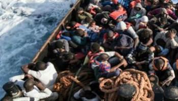 Mmigranti_barcone_afp-kjXF--1280x960@Web - www-adnkronos-com - 350X200