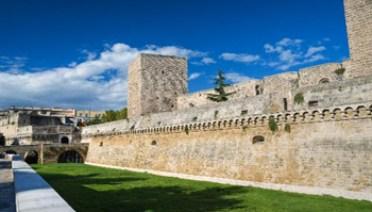 Bari - Castello Svevo - b4c21a2a6050d8e2faa3a1535a9acdd4b410fb - www-beniculturali-it - 350X200