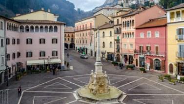 Tagliacozzo, Piazza Obelisco - 350X200