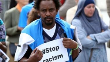 Immigrati - Stop al Razzismo_104525596_gettyimages-1029740424 - www-bbc-com - 350X200