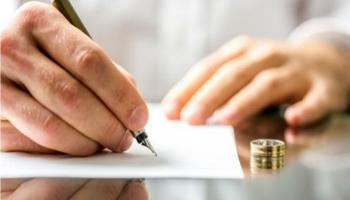 Assegno di divorzio ridotto se cambiano le condizioni