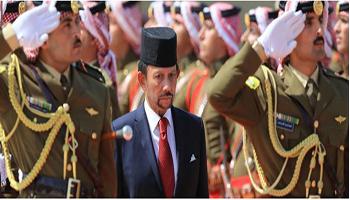 Brunei, lapidazione per gay e adulteri e taglio di mano e piede per i ladri: le pene previste dal nuovo codice penale
