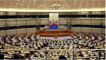 Parlamento Europeo - Riforma del Copyright- il Web - www-liberoquotidiano-it - 350X200