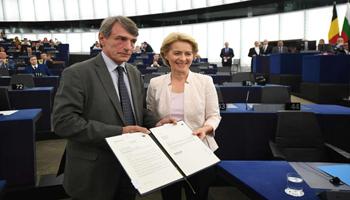 Parlamento Ue, Ursula Von der Leyen eletta presidente della Commissione | Decisivi i voti del M5s