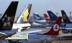 Coronavirus, compagnie aeree  cancellano  numerosi voli fra Marzo e Aprile 2020