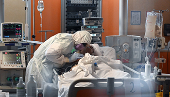 In Italia i medici non mancano. Ecco come stanno davvero le cose negli ospedali