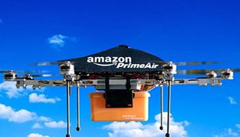 Amazon, consegnerà i pacchi dal cielo con i droni