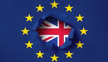 Il Parlamento europeo ha approvato definitivamente l'accordo commerciale su Brexit