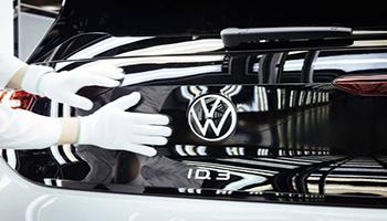 Volkswagen, dal 2033-2035 solo vetture elettriche in Europa