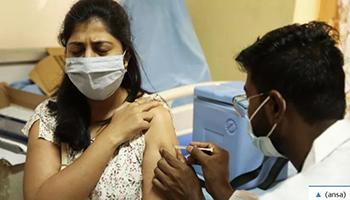 """Covid, l'appello L'Oms ai Paesi ricchi: """"La terza dose non serve, prima vacciniamo tutti"""""""