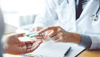 In arrivo la pillola anti-Covid di Pfizer: protezione (e cura) senza vaccino
