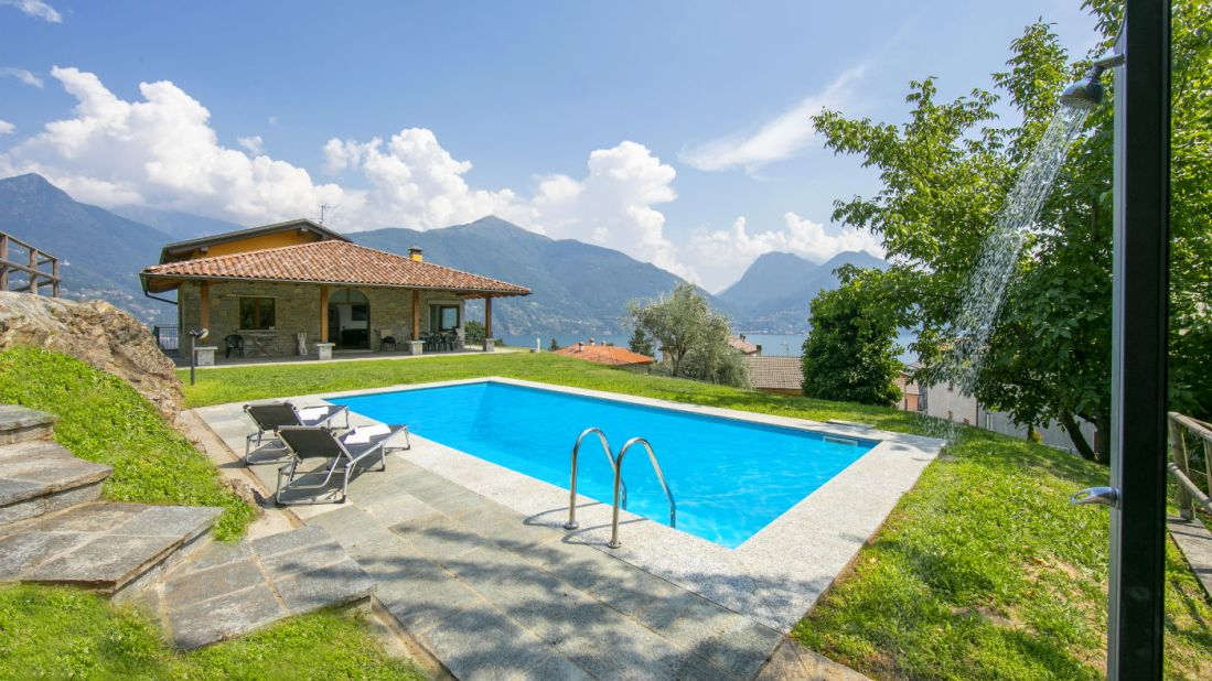 holiday villa san siro