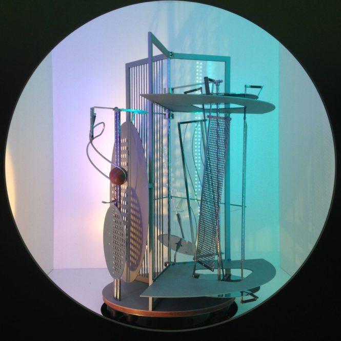 (Image 2) Lichtrequisit einer elektrischen Bühne (Light Prop for an Electric Stage), 1930. Photo: Nicol Mocchi