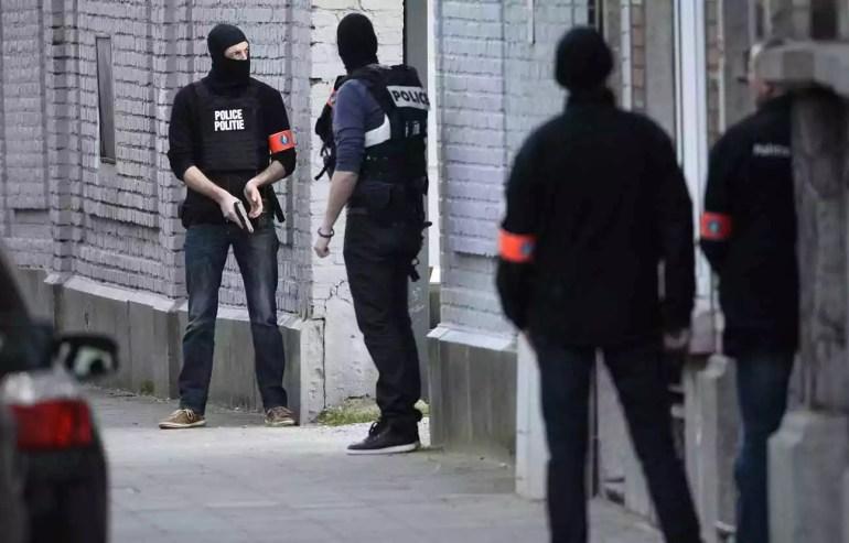 Bruxelles in corso vasta operazione antiterrorismo